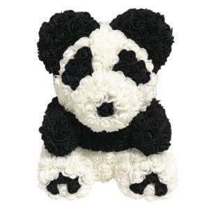 Rosen-Pandabär sitzend